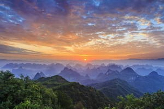 Guilin Yaoshan sunrise